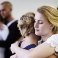 Как помочь человеку выйти из депрессии?
