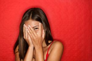 Стеснение и скованность - что это такое в психологии?