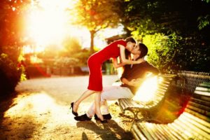 Понятие и стадии чувства между мужчиной и женщиной
