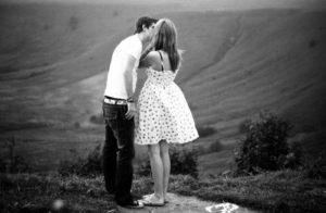 Что делать, чтобы молодой человек не изменял девушке никогда?