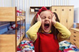 Детская истерика: понятие и как проявляется