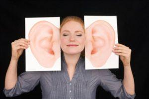 Что значит: все женщины любят ушами?