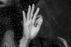 Люблю человека, но хочу расстаться: психология и причины