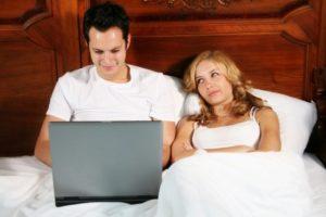 Почему возникли мысли о неверности партнера?