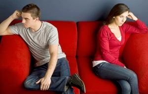 Если мужчина разлюбил, как он себя ведет?