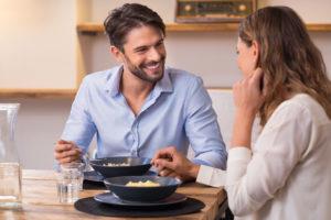 Поведение супруги дома