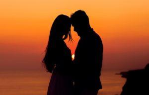 Стоит ли попробовать завести любовные отношения?