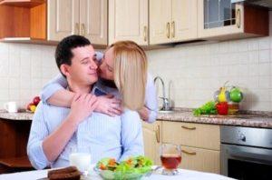Как понять по поведению, любит ли жена своего мужа?