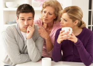 Как терпеть маму мужа в квартире?