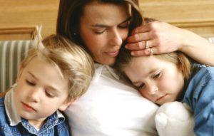 Каковы сложности развода с двумя маленькими детьми?