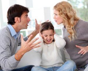Как убедить или отговорить его от развода{q}