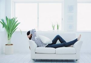 Как успокоиться самостоятельно в домашних условиях?