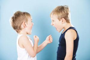 Что делать, если малыш не способен постоять за себя в драке?