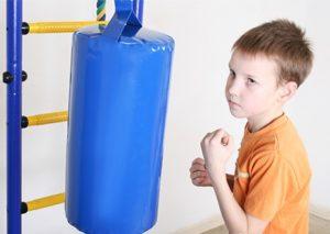 Как реагировать и подавить приступ гнева у ребенка?