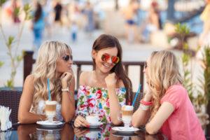 Советы психологов мужчинам: как помочь женщине
