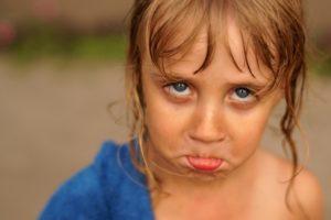 Как правильно бороться с детскими капризами?