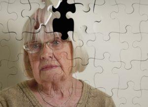 В чем пичины старческих видений?