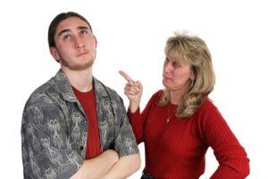 Кто виноват во взаимных обидах и отчуждении?
