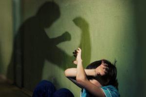 Защита детей от отца-тирана
