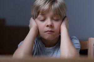 Симптомы, проявляющиеся у недолюбленного ребенка