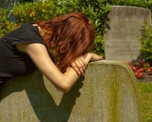 Как пережить смерть мамы?