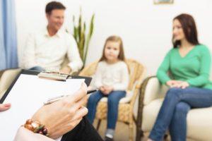 Как избавиться: советы психологов семьям