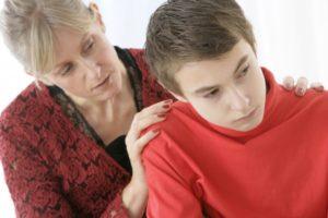 Что делать, если поссорился с мамой: советы психологов