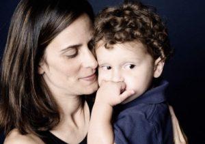 Гиперопека матери над сыном