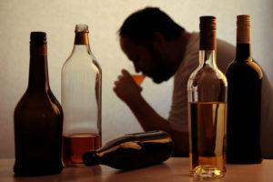Когда человеку необходимо задуматься об отказе от спиртного?