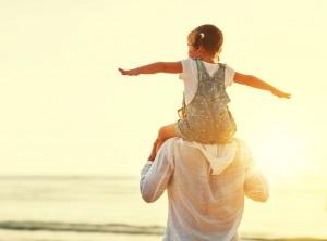 Как правильно воспитывать девочку?