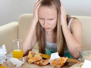 Что значит эмоциональное заедание: понятие