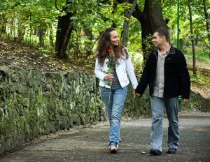 О чем поговорить с девушкой на прогулке?