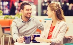 Как парню начать общаться с девушками: рекомендации