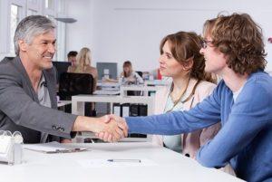 Правила общения при приеме на работу