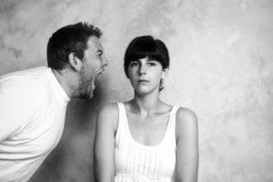 Что делать при неконтролируемой агрессии у близкого человека: мужа?