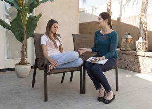 Как применяется терапия и психотерапия?