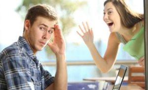 Как правильно игнорить девушек?