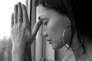 Почему важно научиться прощать: мнение психологов